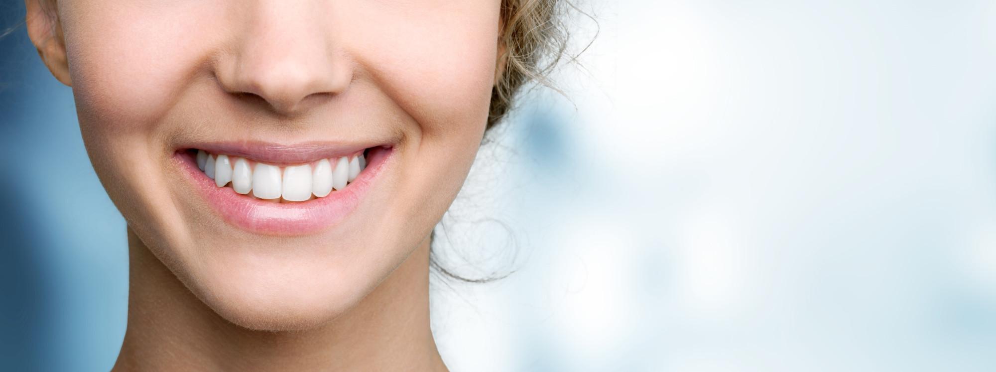 Žena s prekrasnim osmijehom